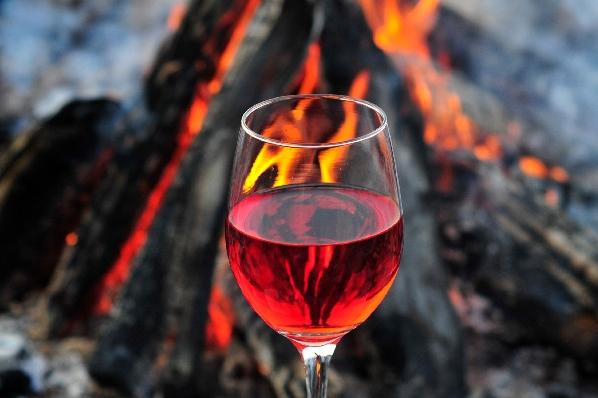 Jugendschutzgesetz: Das müssen Sie beim Weinverkauf im Online-Shop beachten